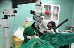 عمل جراحی پیوند پرده گوش در بیمارستان سیدالشهدا آران و بیدگل با موفقیت انجام شد.